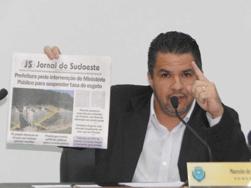 Marcelo Morais diz que prefeito deveria pedir ao MP a devolução de três anos de descumprimento do contrato