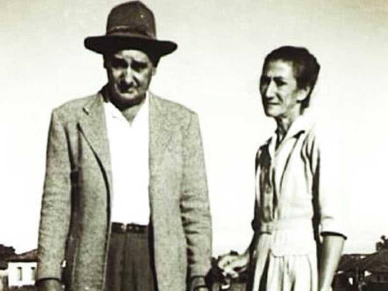 Casal Dona Jorcelina de Souza Barros e Sebastião Alves de Barros, eletricista nos anos 1960 da Companhia de Força e Luz Siqueira Meirelles