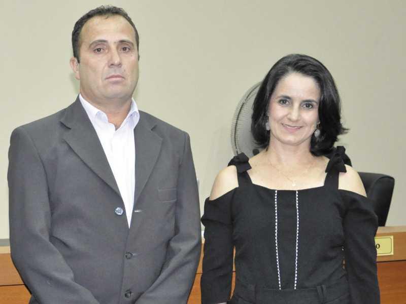 Prefeito Walker Américo entrou com mandado de segurança contra o presidente da Câmara, Lisandro Monteiro e a presidente da CPP, vereadora Cidinha Cerize