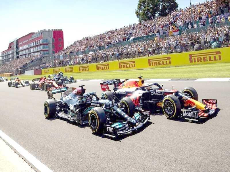 Clima de tensão se instalou entre Verstappen e Hamilton