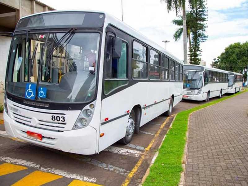 Uma semana após o fim do processo licitatório, empresa ainda não conseguiu colocar os ônibus em circulação