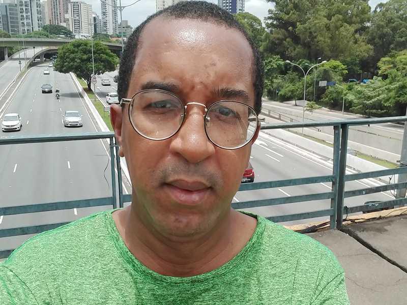 Adriano Rosa Silva,  jornalista que integra a Assessoria de Comunicação da Prefeitura de São Sebastião do Paraíso muda de idade neste domingo dia 31.