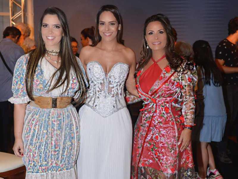 A empresária Ana Cláudia Leão, a primeira-dama do DF, Mayara Noronha e a estilista Claúdia Galdina