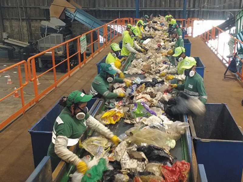 Eficiência na coleta seletiva na cidade impacta diretamente na vida útil do aterro sanitário