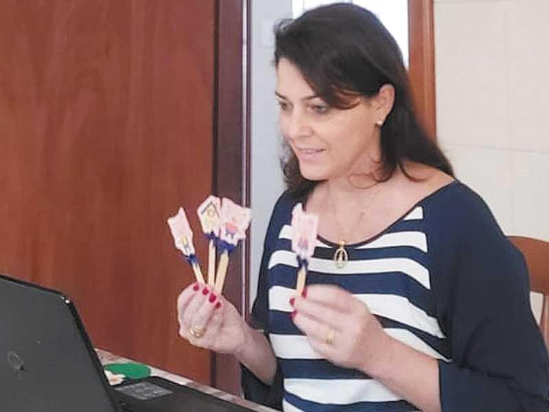 Gilmara Marques é professora do atendimento educacional especializado e atua no suporte aos alunos
