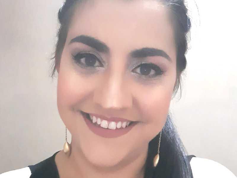 Angélica é bacharel e licenciada em Ciências, com pós-graduação em Educação Ambiental e, atualmente, atua na escola Paraisense e nos colégios Galileu e Crescer