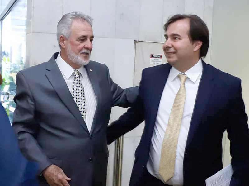 Deputado Melles agradeceu ao presidente da Câmara  Rodrigo Maia por ter colocado o projeto em pauta