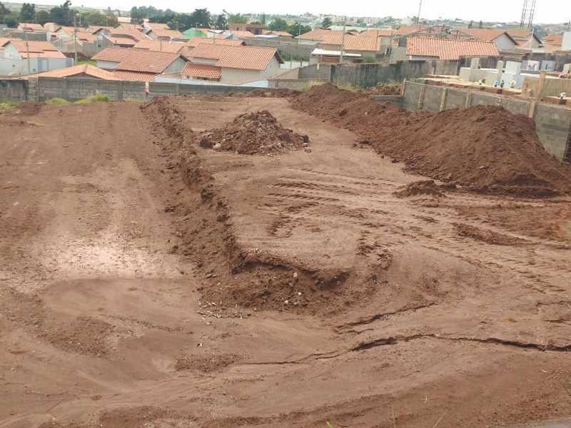 Restam poucos espaços para construir novos túmulos no Cemitério da Saudade em Paraíso