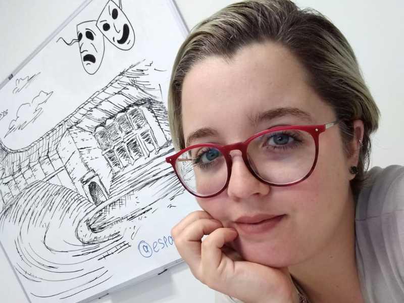 A psicóloga Sarah Lara atende no Espaço Ser e Tempo, no Jardim Mediterranée