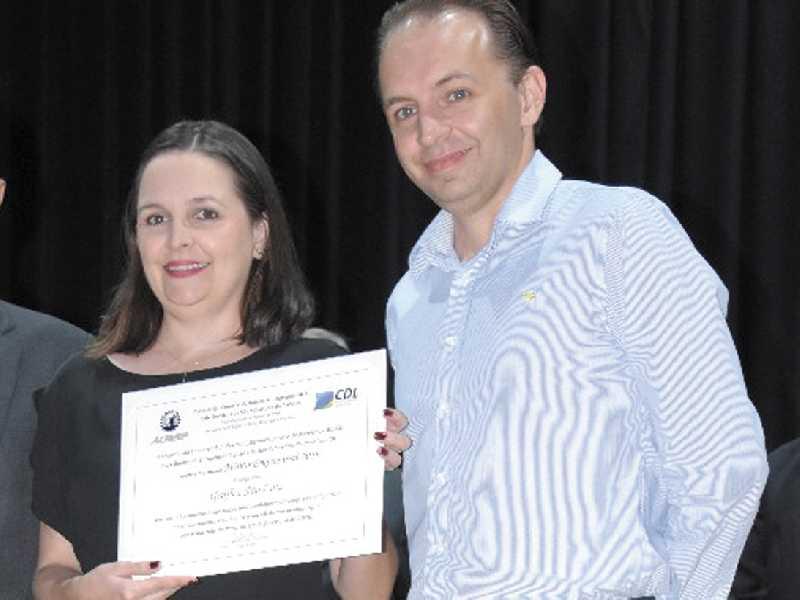 Luiz Antônio Maia e Flávia Maia Nascimento