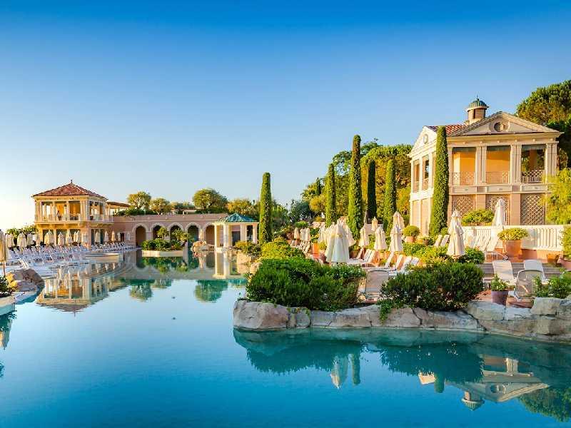 Monte-Carlo Bay Hotel & Resort recebeu o prêmio de Melhor piscina de hotel da Europa