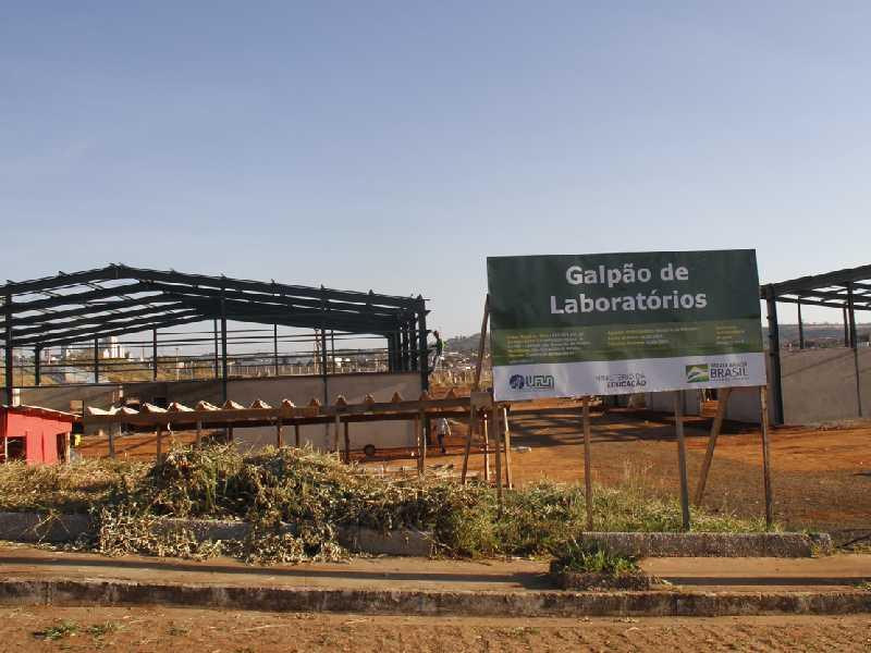 Galpão de Laboratórios