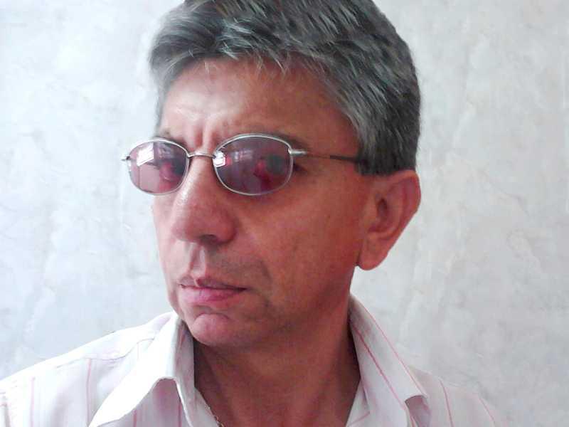 A coluna parabeniza José Elias (Cebolinha Despachante) que inaugura idade nova terça, dia 30.