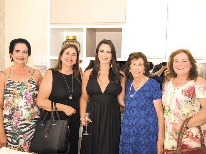 Christina, Giedre, Dra. Christiane, Vera e Thais