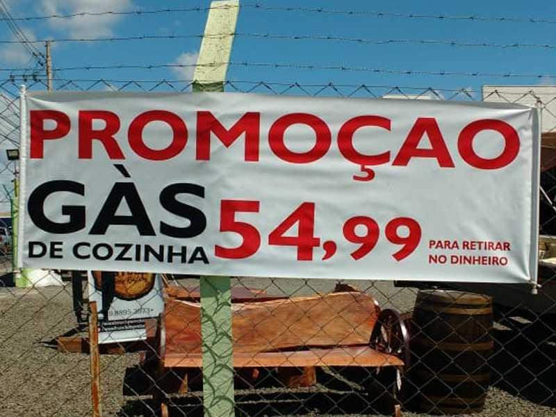No revendedor Alemão Gás R$54.99 no  local da compra e R$60.00 para entregar