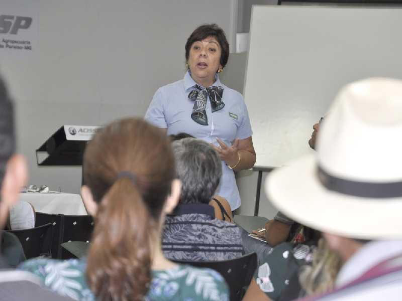 Assessora Mirian Rocha apresentou vários temas que serão trabalhados pelos mobilizadores