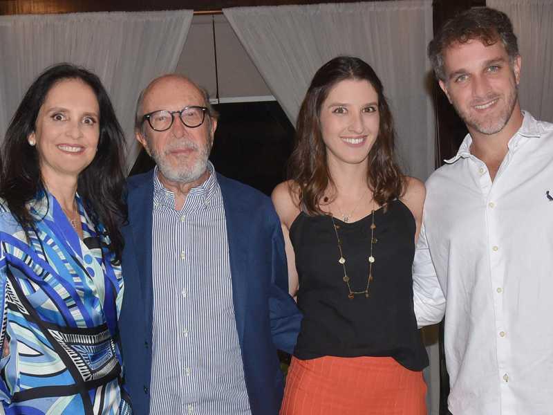 Os autores com Pedro e Mônica Maciel