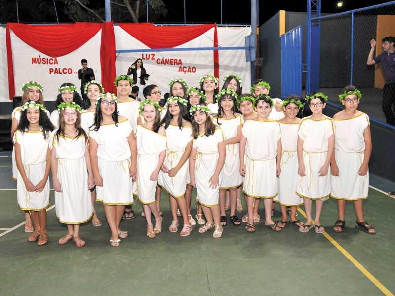 História do Teatro - O Teatro Grego - 6º ano