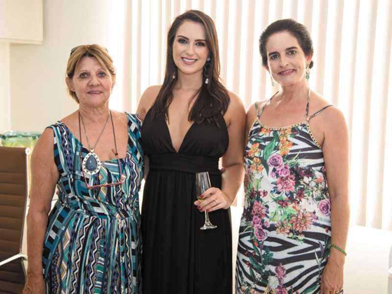 Márcia, Dra. Christiane e Christina