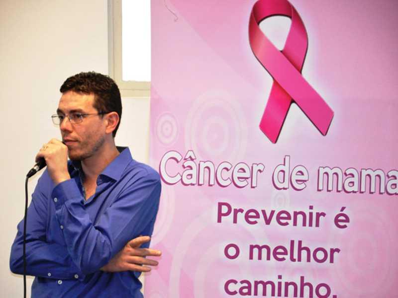 Leandro Ribeiro dos Reis, Oncologista do HRC de Passos, falou do Câncer de mama e de colo uterino