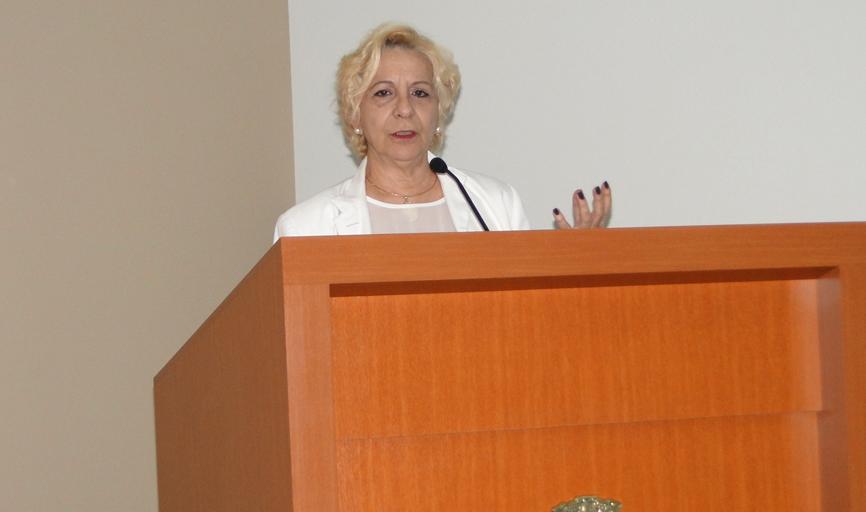 Presidente do Conselho do Patrimônio Histórico Municipal, Maria Gorete Froes Guidi, cobrou maiores cuidados com a Praça da Matriz