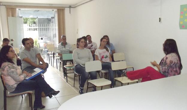 Representantes de vários setores  participaram da reunião ocorrida na Sedeagro